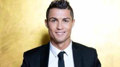 Cristiano Ronaldo megerősítette ikrei érkezését