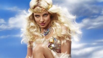 Csókold meg Britney Spears fenekét!