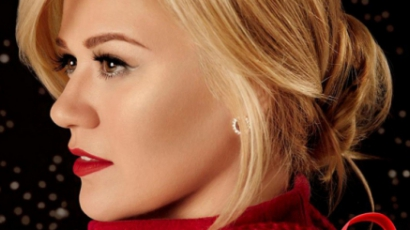 Dalpremier: Kelly Clarkson — White Christmas