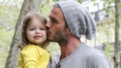 David Beckham kislánya védelmére kelt