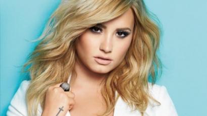 Demi Lovato a Cosmopolitan címlapján