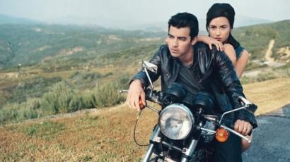 Demi Lovato és Joe Jonas visszarepítették rajongóikat az időben