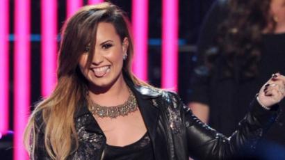 Demi Lovato közös halloweeni jelmezt tervez párjával
