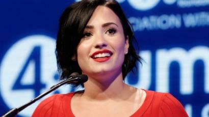 """Demi Lovato: """"Olly Murs óriási karakter"""""""