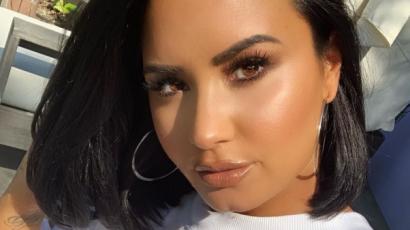 Demi Lovato örül exe eljegyzésének