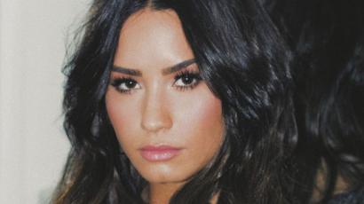 Demi Lovato néha iszik és füvezik, de tudatosan figyel arra, hogy ne essen vissza
