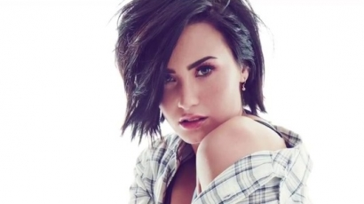 """Demi Lovato: """"Utáltam a testem minden négyzetcentiméterét"""""""