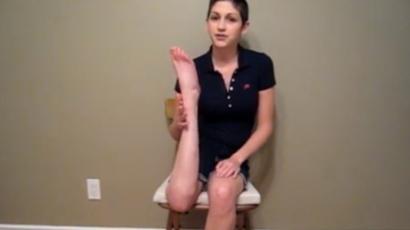 Durva! 180 fokkal el tudja fordítani lábát a fiatal nő