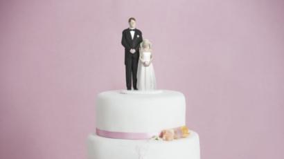 Durva! Egy tizenéves lány egy negyvenes férfival akar házasodni