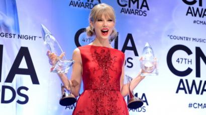 Ejha! Ennyi bevételre tett szert Taylor Swift azzal, hogy visszatért a streaming szolgáltatókhoz