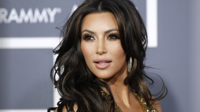 Életéről ír könyvet Kim Kardashian, máris műsort akar belőle