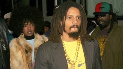 Elhagyták az állapotos Lauryn Hillt