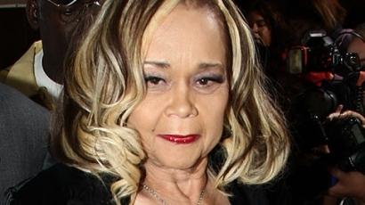 Elhunyt Etta James