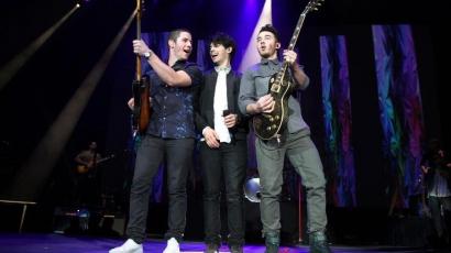 Elkezdődött a Jonas Brothers dél-amerikai turnéja