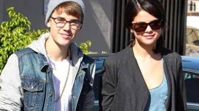 Elnöki lakosztályban szállt meg Justin Bieber és Selena Gomez