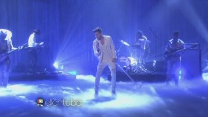 Először adta elő dalát élőben Adam Lambert
