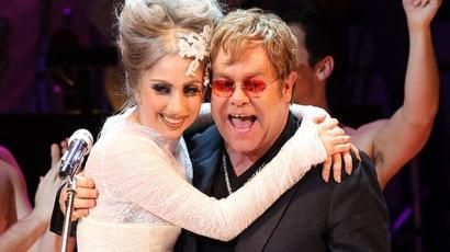Elton John is közreműködik Lady Gaga új albumán