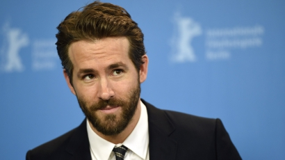 Elütötték Ryan Reynoldsot