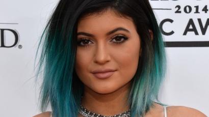Énekesnői pályára lép Kylie Jenner