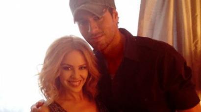 Enrique Iglesias csodálja Kylie Minogue-ot