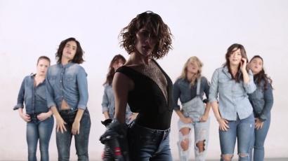 Eszméletlenül táncol Tini Stoessel vadiúj klipjében
