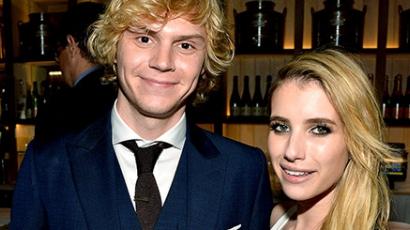 Evan Peters eljegyezte Emma Robertset