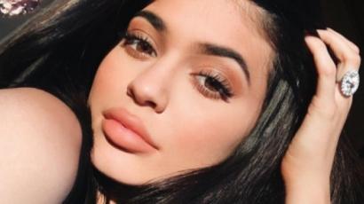Extrém hajszínnel ünnepli 19. születésnapját Kylie Jenner