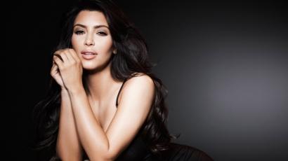 Ezért alszik sminkben Kim Kardashian