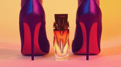 Ezért vörös színű minden Louboutin cipő talpa