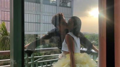 Ezúttal Shawn Mendes is elkísérte szerelmét a Hamupipőke új bemutatójára: így ragyogtak a vörös szőnyegen