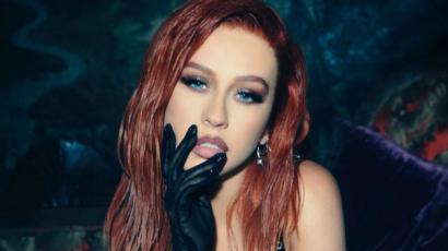 Ezúttal vörös hajjal hódít Christina Aguilera