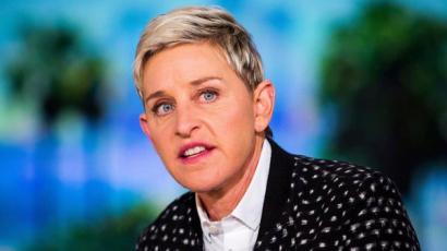 Felelőtlen autóvezetés miatt akadtak ki Ellen DeGeneresre rajongói