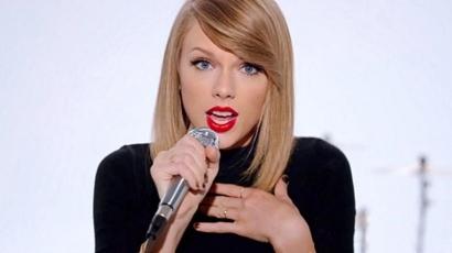 Fellépéssorozata miatt tüntetik ki Taylor Swiftet