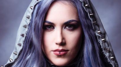 Feltörekvő énekesnőknek adott tanácsot Alissa White-Gluz