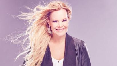 Finn tévéműsorban énekel Anette Olzon