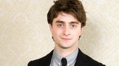Forgatáson halna meg Daniel Radcliffe