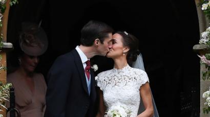 Fotók! Ilyen gyönyörű volt Pippa Middleton az esküvőjén!