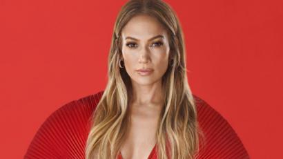 Fürdőruhában pózol Jennifer Lopez