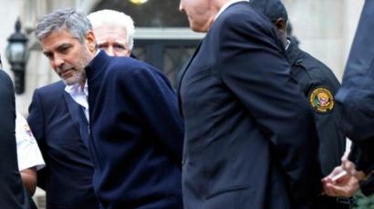 George Clooney-t letartóztatták