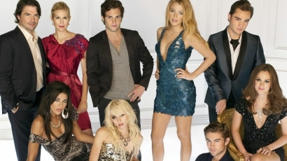 Itt a Gossip Girl harmadik évadja