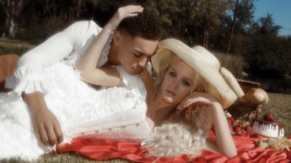 Gyönyörű képek készültek Zara Larssonról és modell pasijáról