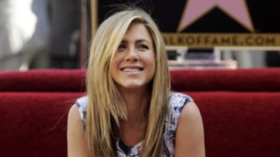 Ha egy üzlet egyszer beindul: Aniston is váltott!