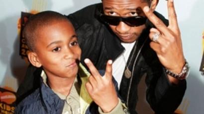 Hamarosan lekapcsolhatják Usher mostohafiát a gépekről