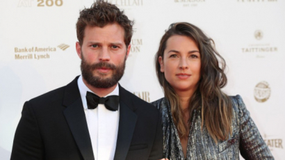 Harmadik babájukkal várandós Jamie Dornan felesége