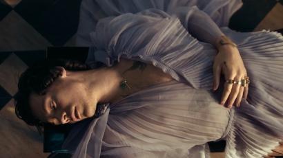 Harry Styles újabb klipje érte el a 100 milliós nézettséget