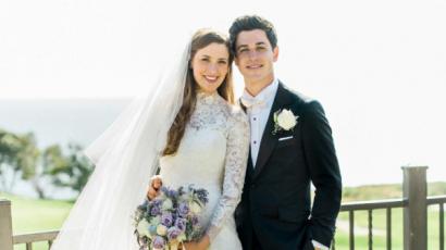 Itt vannak a hivatalos fotók David Henrie esküvőjéről, amin a varázslók is részt vettek