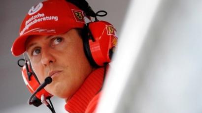 Hivatalos: Schumacher ébredezik a kómából