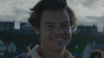 Hoppá! Már meg is jelent a Harry Styles új számához tartozó videoklip!