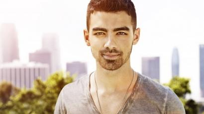 Hosszú idő után először nyilatkozott a Jonas Brothersben töltött időszakáról Joe Jonas