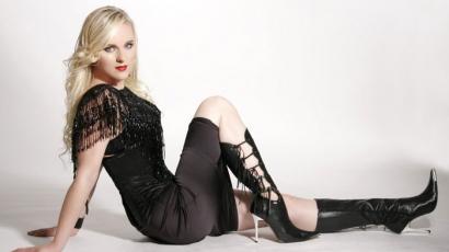Húga együttesével lépett fel Liv Kristine